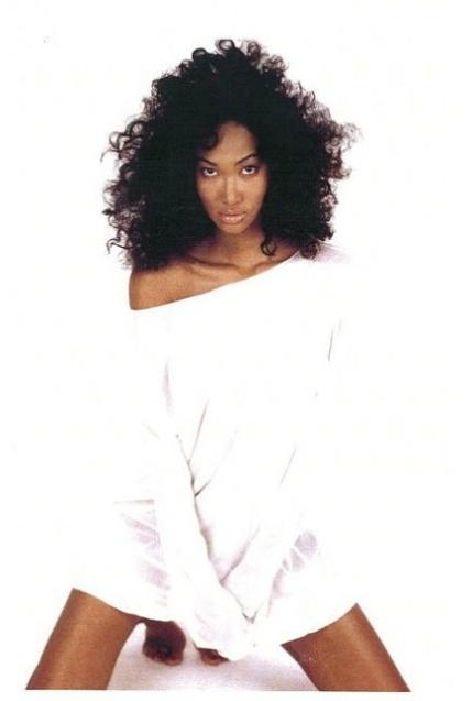 Young Kimora Lee Simmons Clubfashionista2