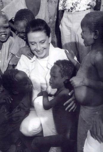 Audrey Hepburn Unicef Clubfashionista2